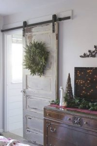 Upcycling barn doors