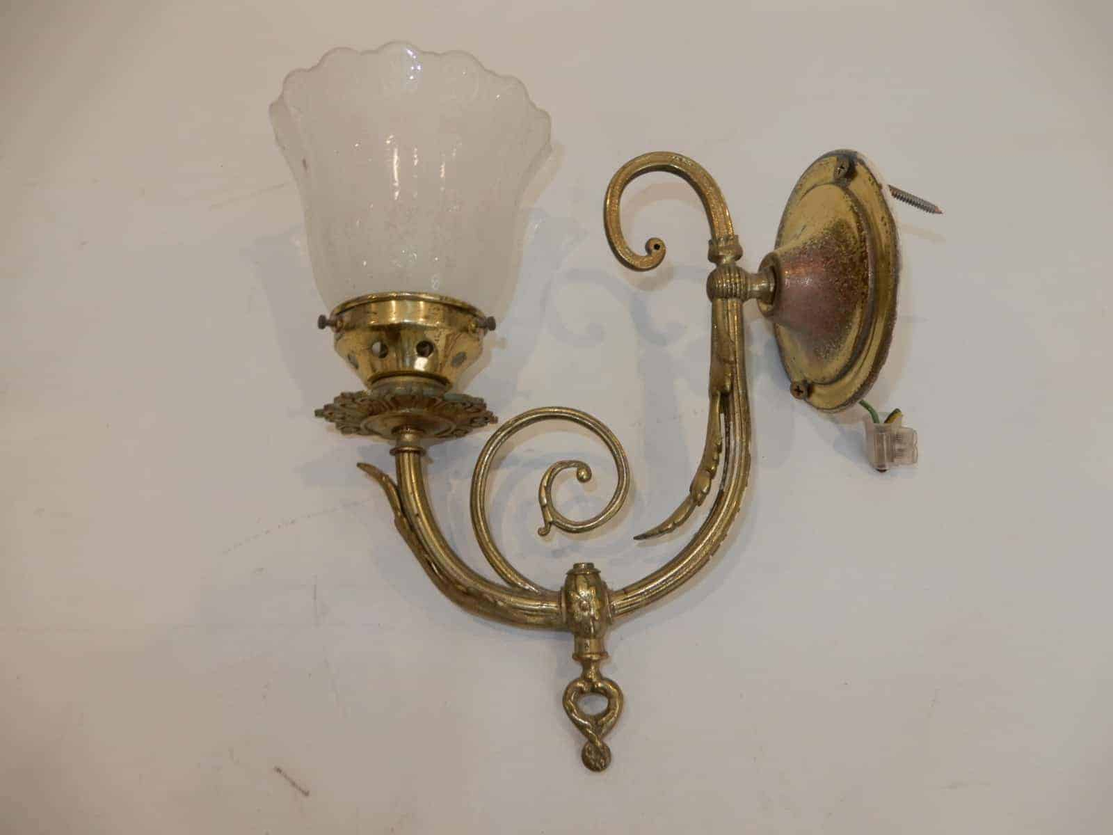 Wall Light Wall Sconce Light Ornate Brass Arm Etched Glass Shade 4z