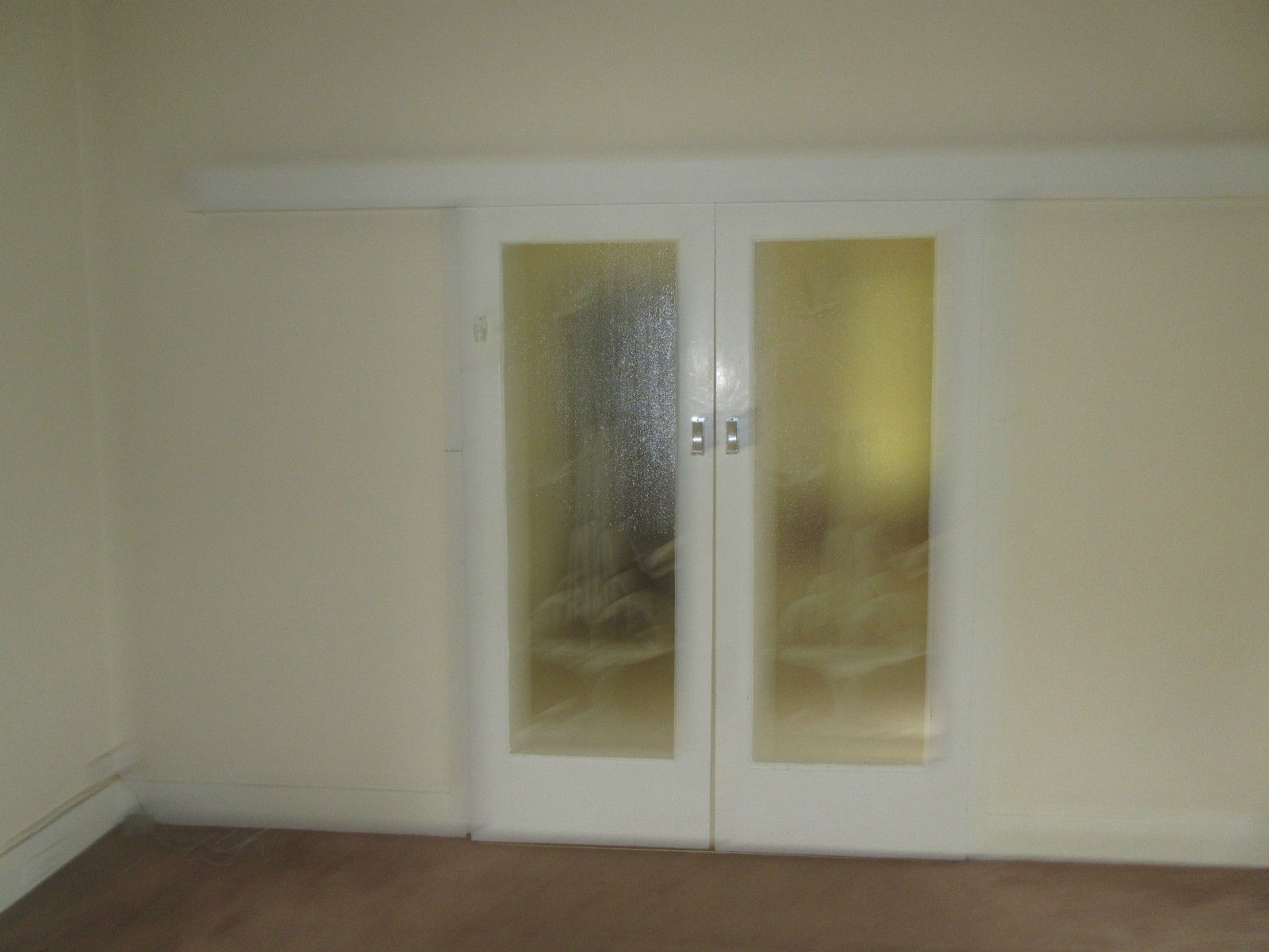 Sliding doors art deco timber etched glass pane for Sliding glass doors drawing